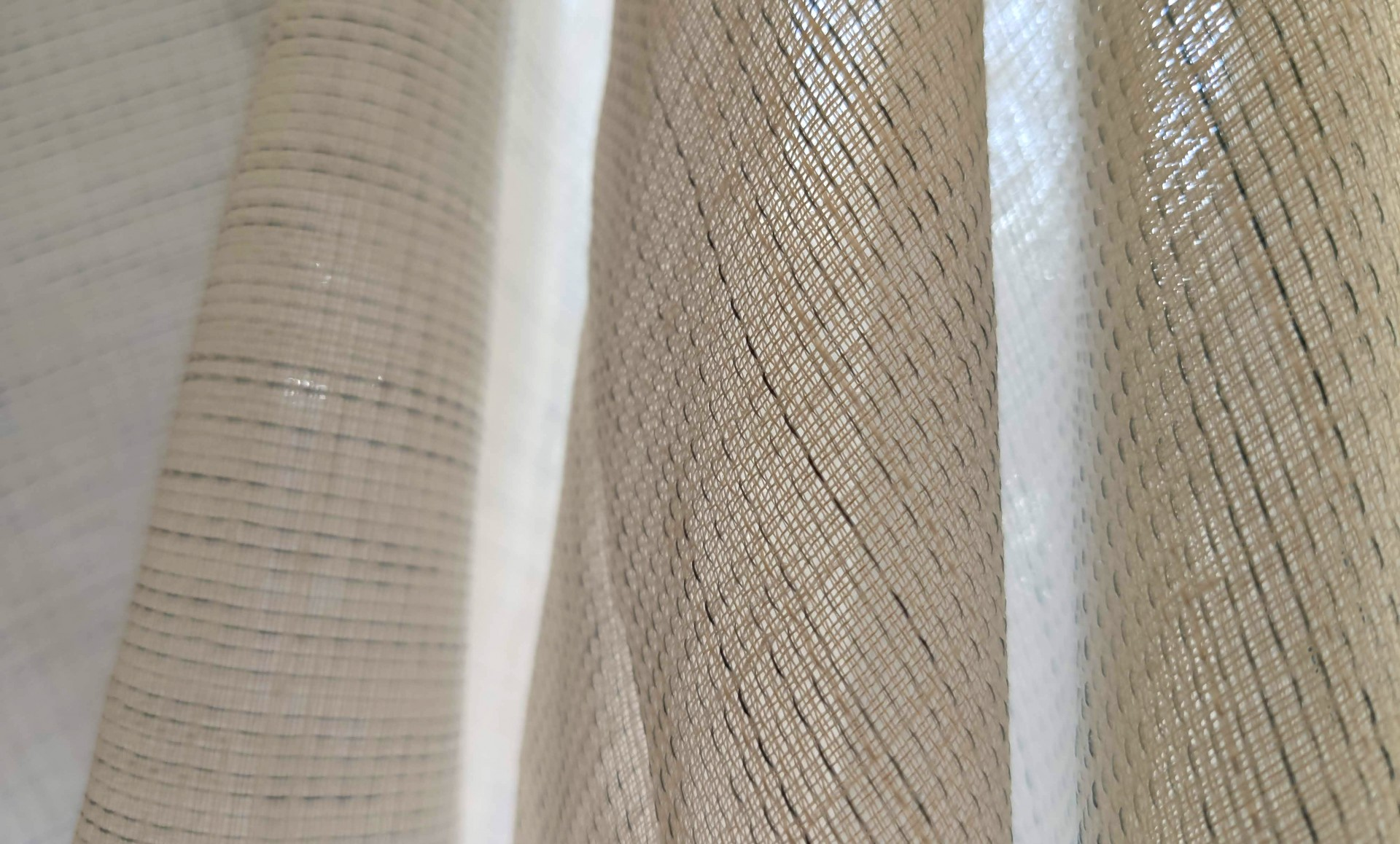 Diseños en tendencia, tejidos innovadores… ¡nueva colección C2 Home Decor!